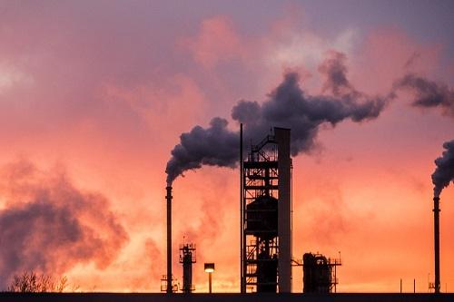 Acero, electricidad y petróleo