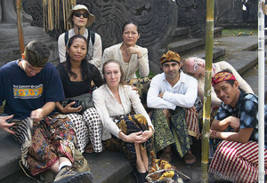 Asia Pacific Performance Exchange 2004 Completes Successful Session in Bali