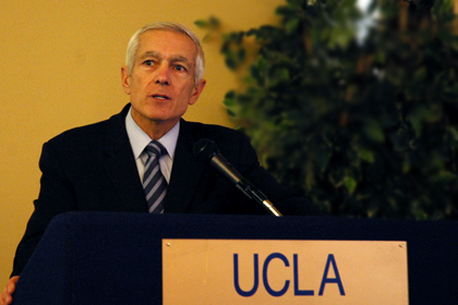 Wesley Clark: Can NATO Survive Afghanistan?