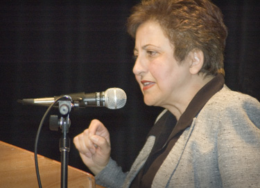 Iranians Demand Change, Reject War by US, Says Nobel Laureate Shirin Ebadi