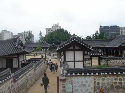 A Traditional Residence in Namsan, Seoul, Built by the Master Carpenter of the Royal Palace