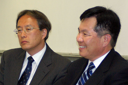 Japanese, South Korean Consuls Discuss Regional Security, Global Economics