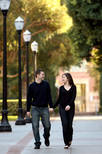 Molly Hirsh '07 and her fiancé, Eric Stevens '07, took their engagement photos on campus after fate brought them together in Paris. Photo courtesy Del Rio Studios.