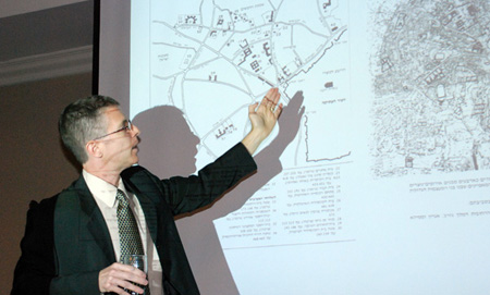 Cultural Historian Delivers Inaugural Lecture as Gilbert Chair in Israel Studies