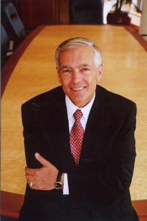 Gen. Wesley Clark to Join UCLA Burkle Center
